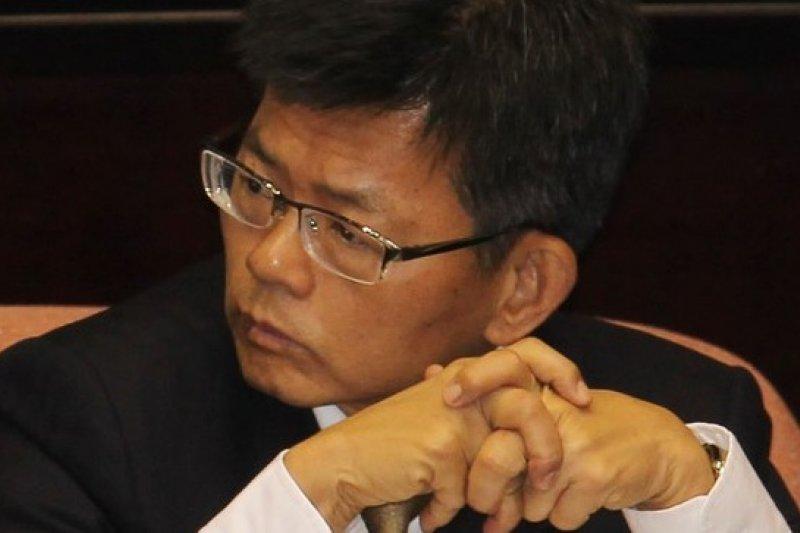 準備代表藍營參選高雄市長的楊秋興8日針對分區基本工資一事,提出不同看法。(資料照片,余志偉攝)