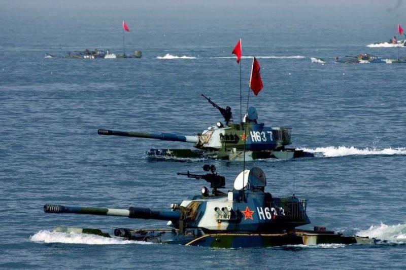 解放軍在山東半島進行的登陸演習(取自網路)