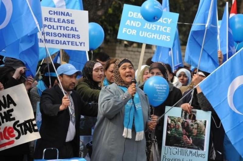 無論宗教、語言或文化,維吾爾人並不認同中國。(取自網路)