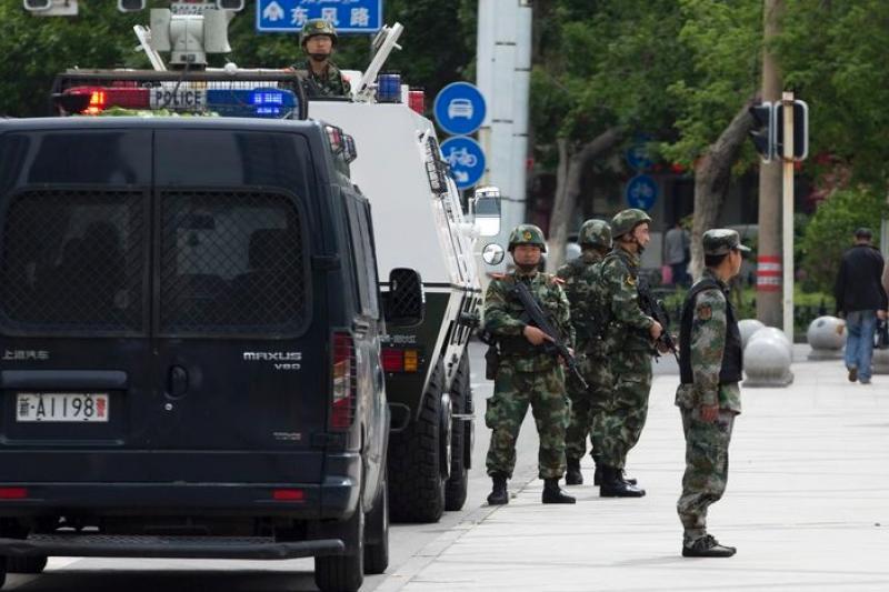 新疆恐怖攻擊頻傳,自治區政府啟動為期1年的反恐行動。(美聯社)