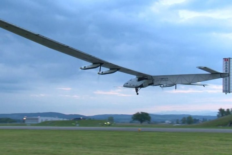 太陽能飛機「太陽驅動2號」2日在瑞士試飛成功(取自網路)