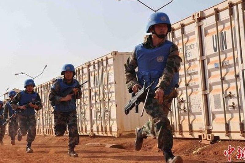 中國駐南蘇丹維和部隊加強警戒,並維護石油利益。(中新網)
