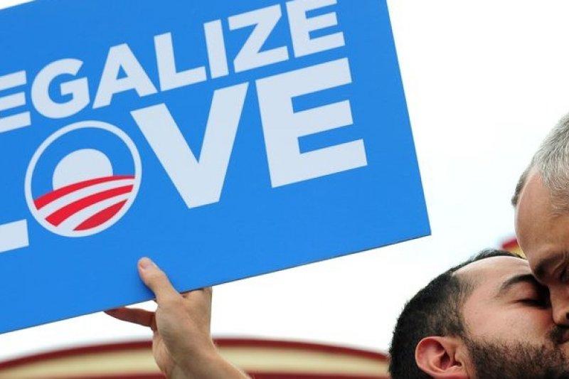伊利諾州成為美國第15個同性婚姻合法的州(取自網路)