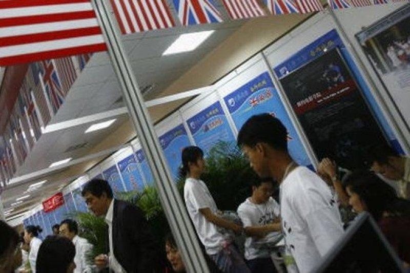 陸生近年成為美國外籍生大宗。(圖片來源:取自網路)