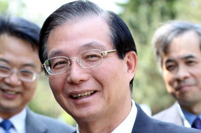 前教育部長吳清基15日以自己和多位前任教育部長均非明星高中畢業為例,呼籲家長學生打破名校迷思。(中華大學官網)
