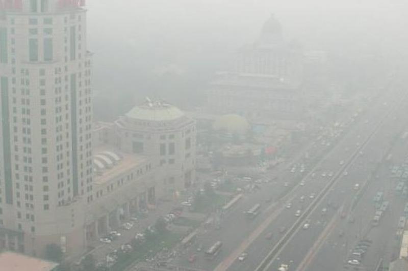 中國多地霧霾驚人,嚴重影響空氣品質。(取自網路)