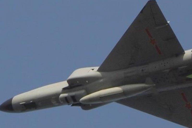 中國「殲-8」飛機。(圖片來源:取自網路)