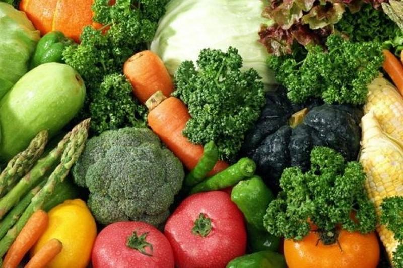 衛福部食品藥物管理署於今(26)日公布3、4月市售及包裝場農產品農藥殘留抽驗結果,不合格率達12%。(取自網路)