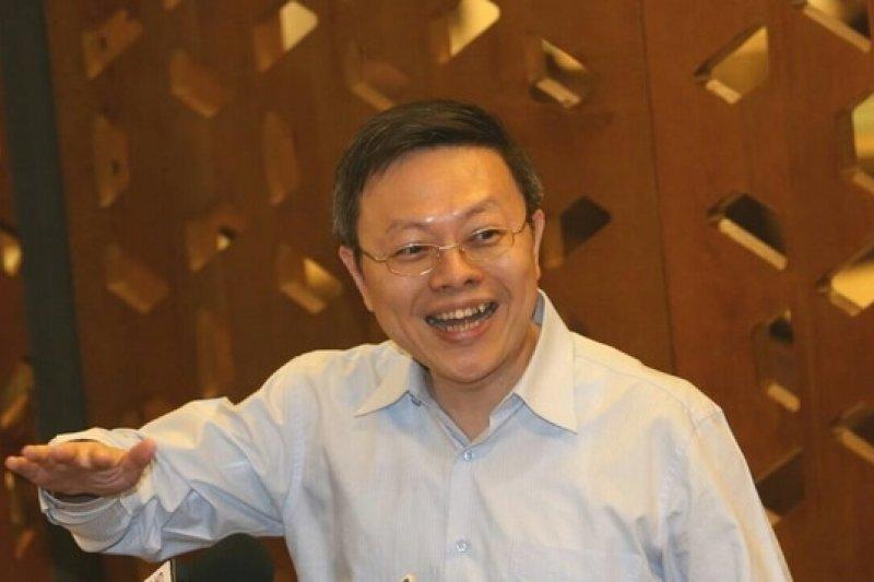 中國國台辦主任張志軍27日晚間與陸委會主委王郁琦茶敘後,王郁琦與媒體溝通。(吳逸驊攝)