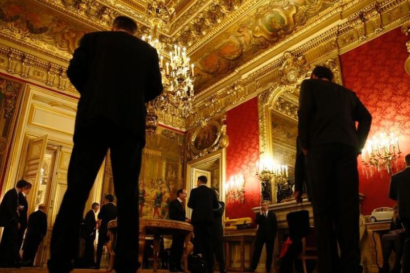 俄羅斯、烏克蘭、歐盟與美國的代表3月5日齊聚巴黎,商討如何化解烏克蘭危機。(美聯社)