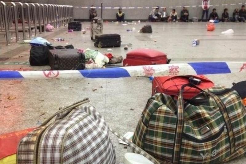 恐怖分子與販毒結合,反恐任務會更艱難。圖為今年3月昆明恐怖攻擊後的車站。(資料照片)