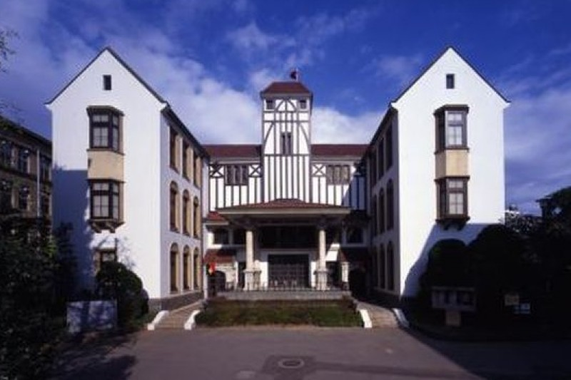 日本早稻田大學坪內逍遙紀念演劇博物館,可做為表藝資料館的借鏡。(取自觀光東京官網)