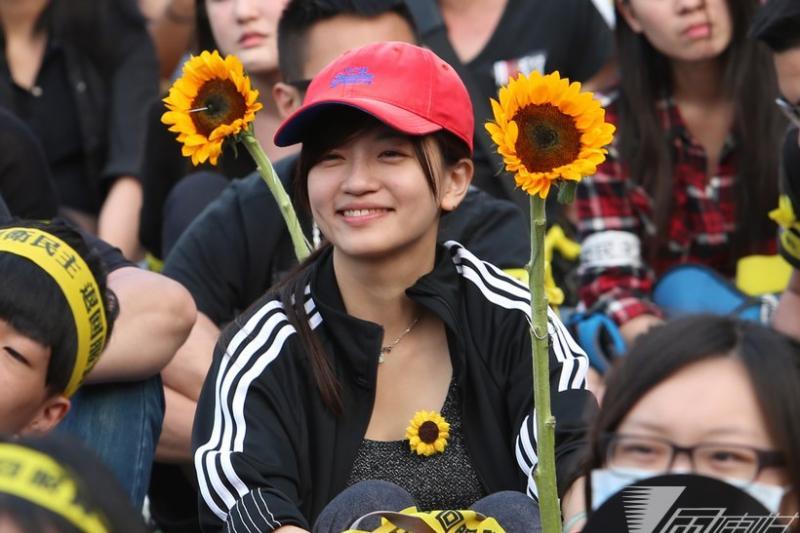 太陽花學運落幕後,新世代的新價值有可能改變台灣的政治想像嗎?(吳逸驊攝)