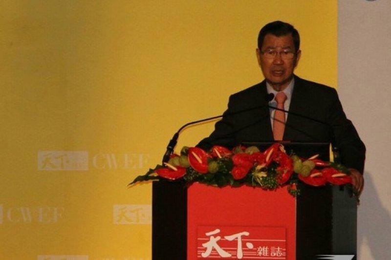 前副總統蕭萬長22日出席天下經濟論壇,並發表演說。(葉信菉攝)