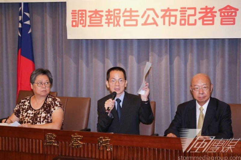 監察院孫立人調查報告記者會,左起監委馬秀如、李炳南、趙榮耀。(余志偉攝)