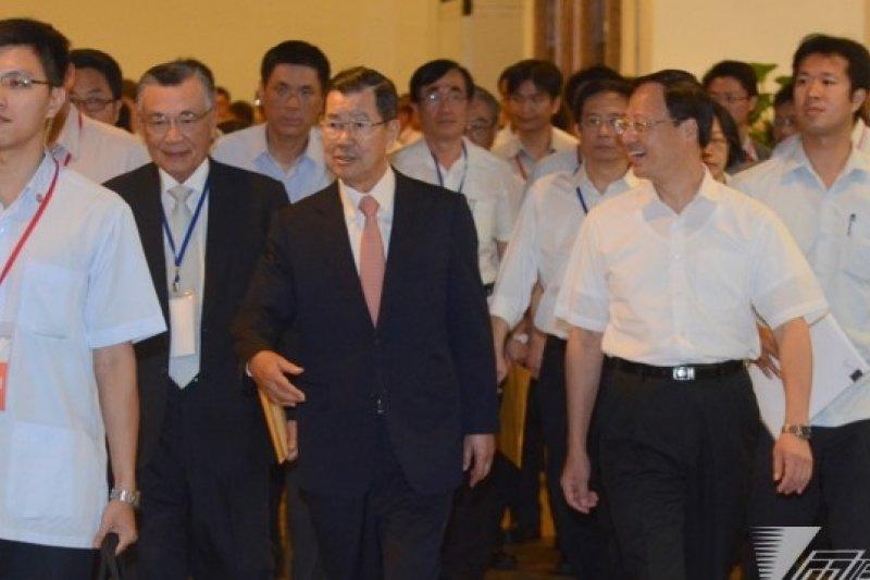 前副總統蕭萬長指自經區計劃是服務業現代化方案,不是兩岸整合的政治安排。(宋小海攝)