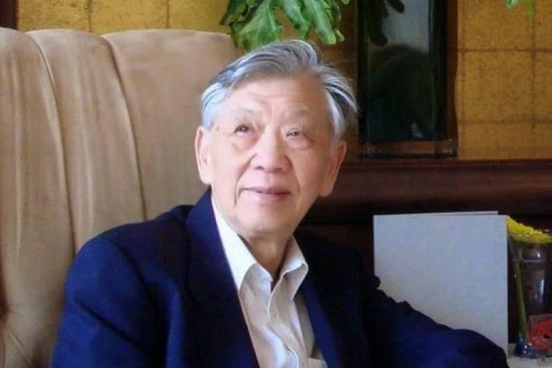 中國「律師界的良心」張思之先生回憶錄《行者思之》七月由香港牛津出版社發行。(取自亞洲週刊)