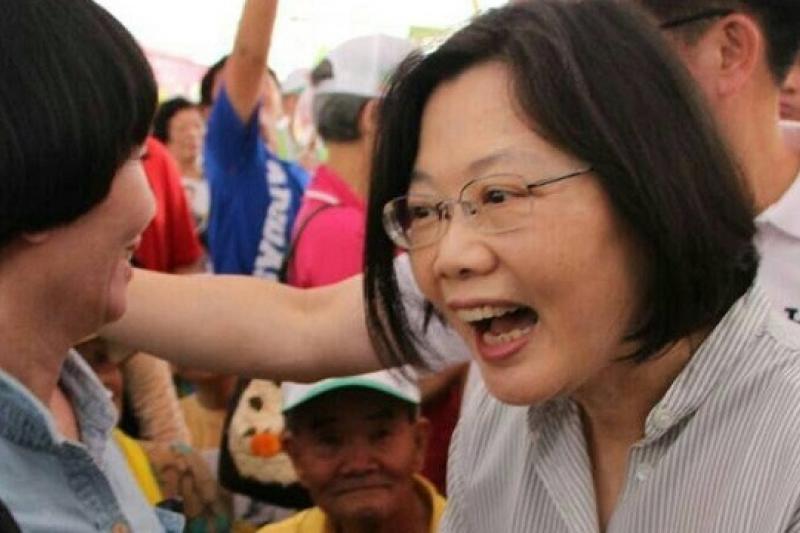 民進黨主席蔡英文能回答民進黨到底和國民黨有什麼不一樣嗎?(葉信菉攝)