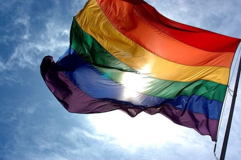 法律之前人人平等,對同性戀亦當如是。(取自大陸網站)