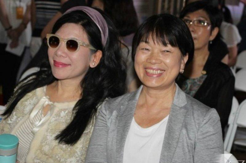 文化部長龍應台(右)表示,我國現有746家公、私立博物館,在立法完成後將可取得正式的身分證。(資料照片,宋小海攝)