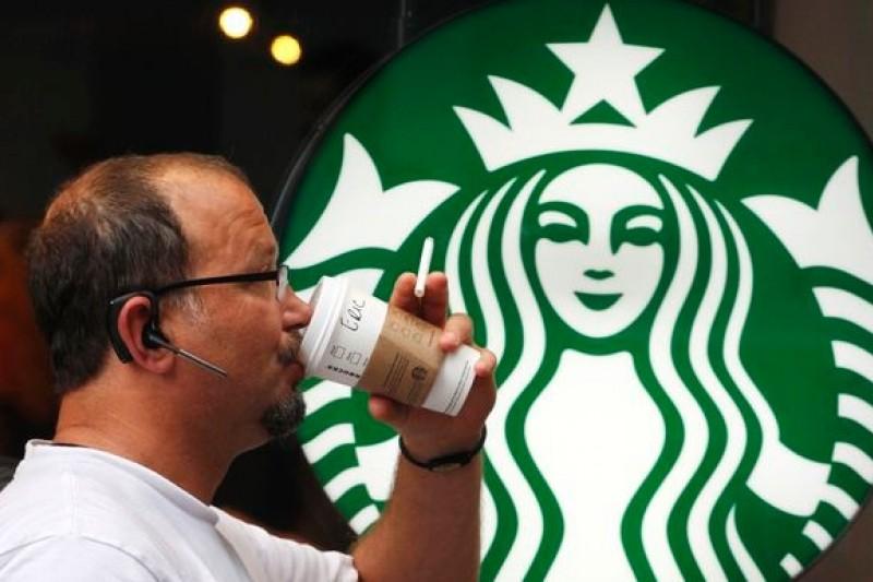 美國最新研究顯示,喝咖啡有助於降低發生耳鳴的機率。(美聯社)