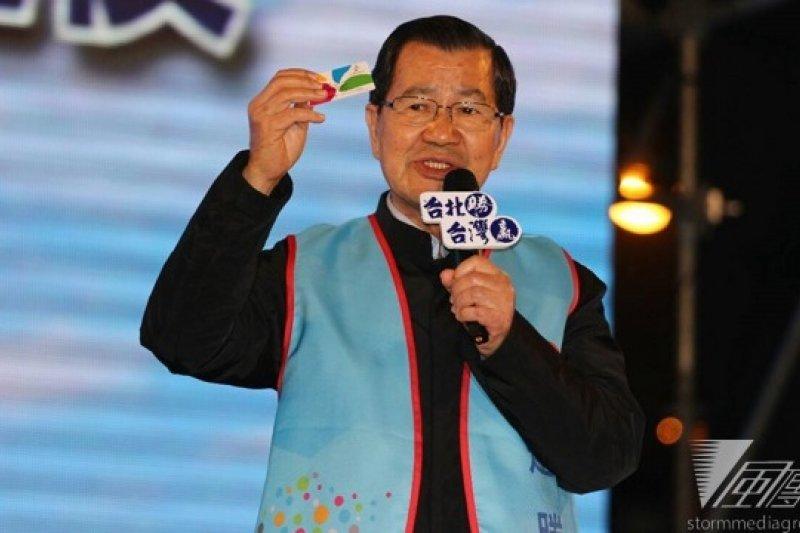 前副總統蕭萬長28日為連勝文站台,力挺「最具前瞻性、最有國際觀」的連勝文。(葉信菉攝)