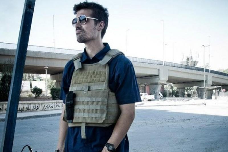 在中東戰地遇害的美國攝影記者佛利(取自臉書)
