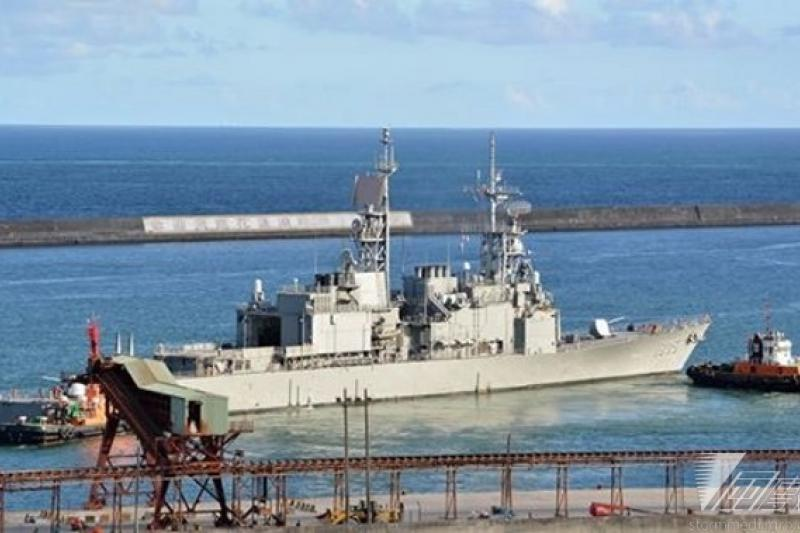 馬英九總統將登上纪德艦,全程視導作戰操演,最後由參與作戰操演艦艇將在花蓮外海,以海上分列式,接受馬總統的校閱。(讀者提供)