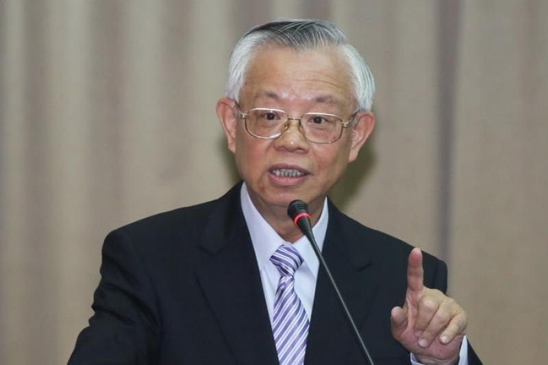 日幣持續走貶,央行總裁彭淮南今天對業者喊話表示,日貨在台售價也應調降。(余志偉攝)