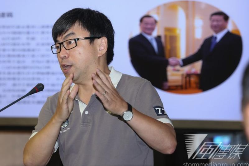 民進黨立委段宜康3日批評國民黨台北市長參選人連勝文財產申報不確實。(資料照片,余志偉攝)