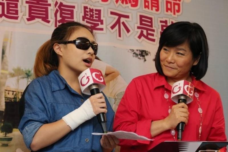 勵馨基金會執行長紀惠容(右)表示,台南市「性別覺醒」狀況不如其他5都,應從教育、社會福利體系下手改善。(資料照片,余志偉攝)