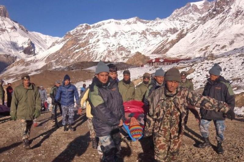 喜馬拉雅山區驚傳山難浩劫,至少造成27人死亡。(美聯社)