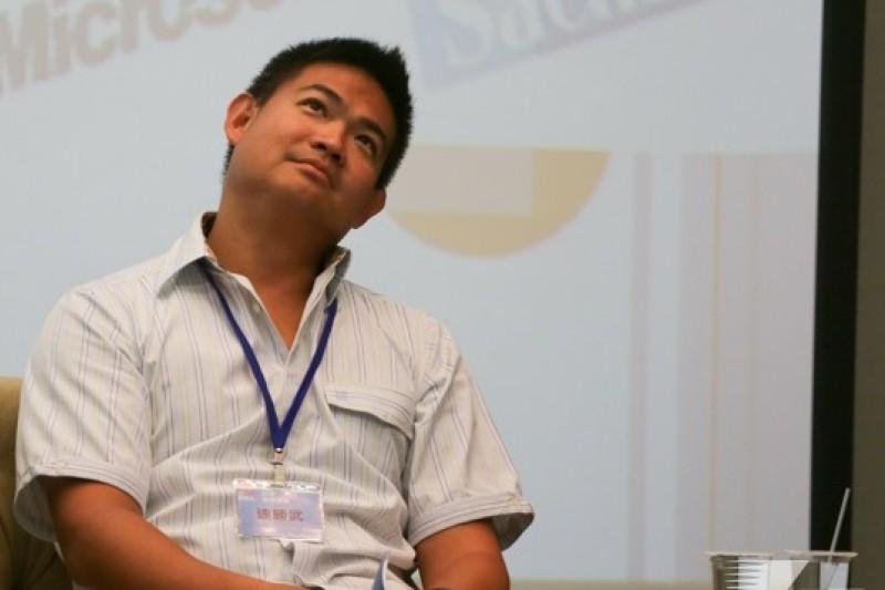 連家又爆風波投資,台北市議員參選人王奕凱爆料,連勝武在境外擔任農業技術公司董事,和中國地方政府簽訂高達新台幣85億元的投資協議,非法偷渡台灣農業技術。(資料照片,余志偉攝)
