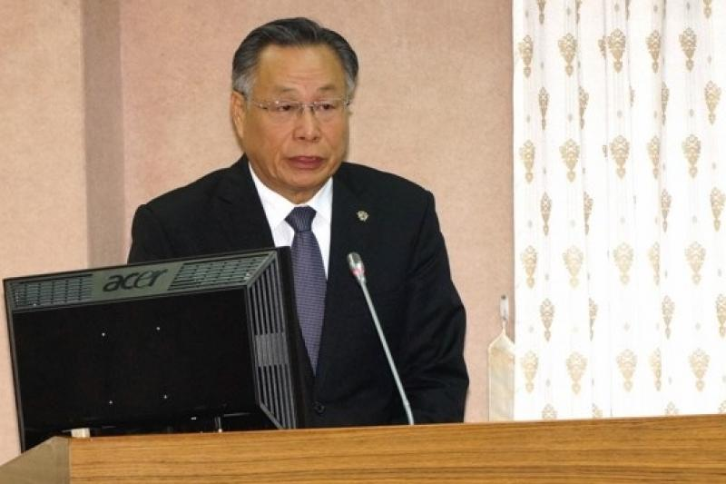 國防部長嚴明29日表示,軍情局的任務是因應國家安全需要進行情報蒐集的工作,在國家情報工作法的保護與規範內。(蘇仲泓攝)