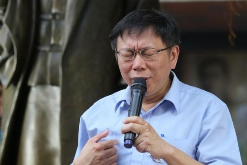 針對前助理劉如意崩潰痛哭,台北市長參選人柯文哲30日上午表示他以前也太天真,認為這是1個人的選舉,選到最後卻從助理、台大院長到全體同仁都受影響。(資料照片,余志偉攝)
