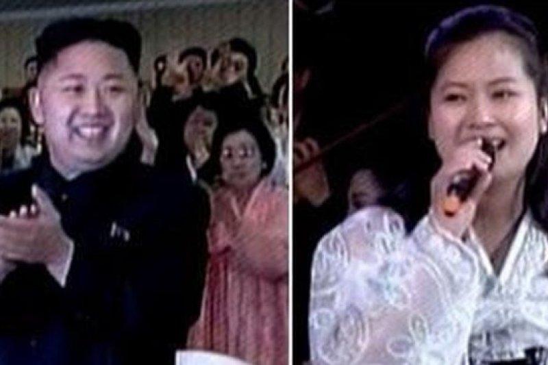 北韓領導人金正恩(左)與疑遭處決的歌手玄松月。(取自網路)