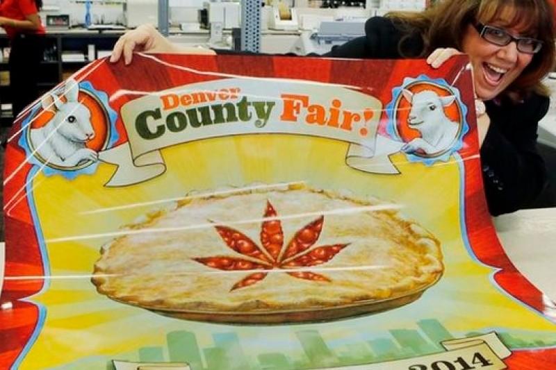 科州人民直接將大麻圖樣印上海報,宣傳27日登場的「丹佛博覽會」(美聯社)