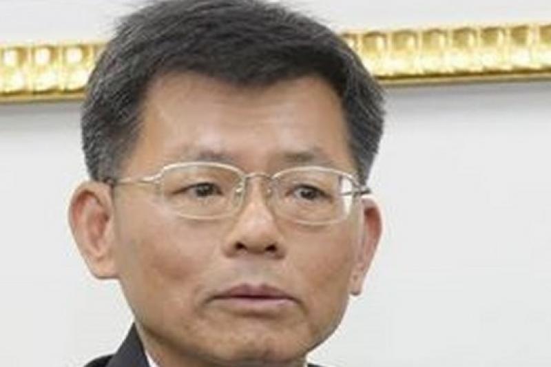 王金平鼓勵楊秋興再接再厲,肯定他已有豐富的政治資歷和參選經驗(吳逸驊攝)