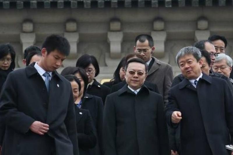 陸委會主委王郁琦12日上午率訪問團赴南京中山陵,創下我國現任政務官赴南京謁陵的首例。(余志偉攝)