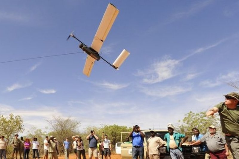 紅外線偵測無人機高空掃描,連盜獵者的體熱都能追蹤。(取自WWF網站)