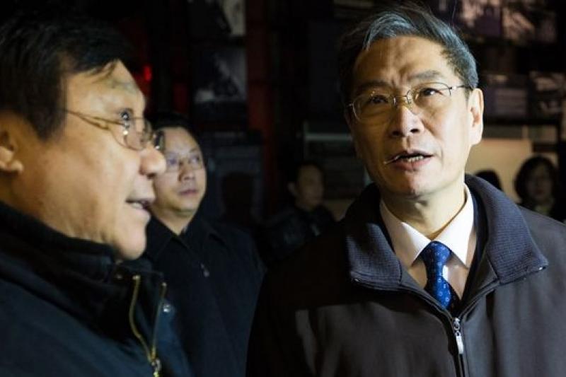 國台辦主任張志軍(右)造訪南京大屠殺紀念館。(中新網)
