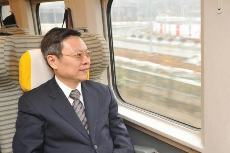 陸委會主委王郁琦13日上午搭高速鐵路和諧號,由南京前往上海。(余志偉攝)