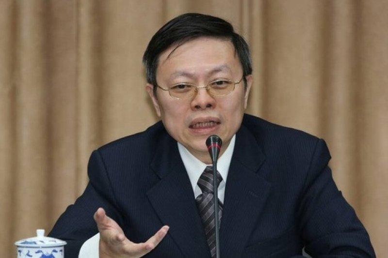 訪中行結束,陸委會主委王郁琦2月14日返台後舉行記者會。(余志偉攝)