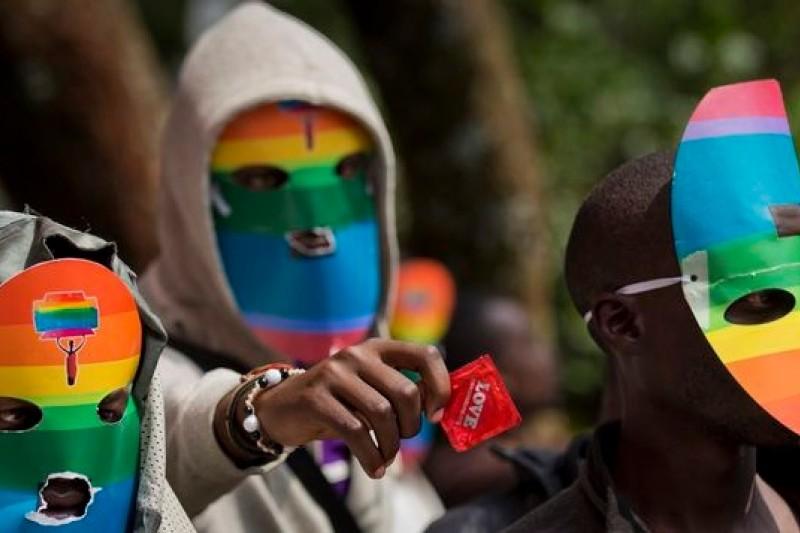 烏干達總統將簽署反同性戀法令,圖為烏干達同志團體的抗議場合。(美聯社)