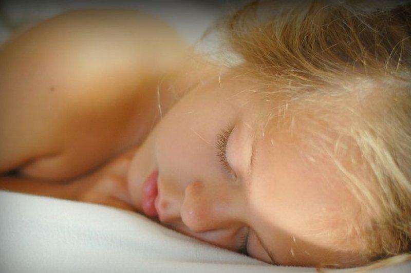 睡眠對健康非常重要,美國最新研究顯示,長期睡眠不足可能會導致腦細胞死亡。(維基百科)