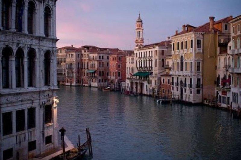 水都威尼斯與所屬的威尼托區舉辦線上公投,多數選民希望脫離義大利獨立(維基百科)