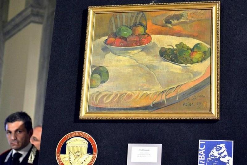 高更的靜物畫〈桌上水果或有小狗的靜物畫〉(美聯社)