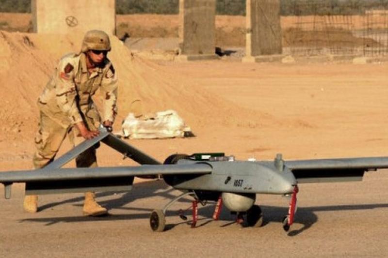 美軍將舊無人機改裝為空中WiFi熱點。(取自Gizmodo網站)