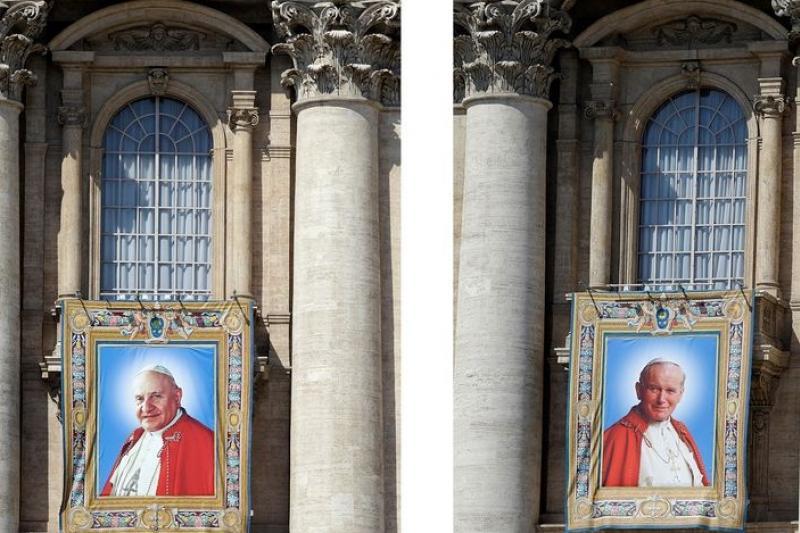 梵蒂岡27日將為兩位已故前任教宗若望二十三世(左)與若望保祿二世(右)舉行封聖典禮。(美聯社)