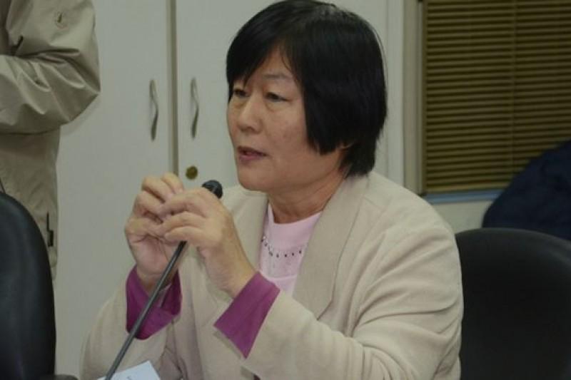 家庭黨副主席許惠珍強調,她非常反對同性婚姻,因為這將是毀家廢婚的第一張骨牌。(宋小海攝)